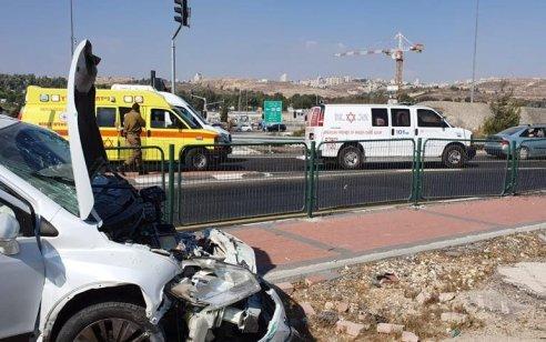 פצוע בינוני וחמישה קל בתאונה בכביש 443 צומת גבעת זאב