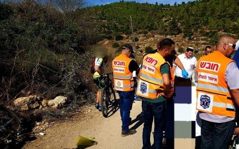 רוכב אופניים פונה במצב אנוש לאחר שהתמוטט במהלך רכיבה סמוך לירושלים