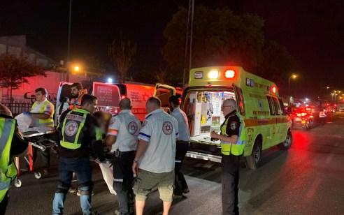 רוכב אופנוע כבן 40 נפגע מרכב בחולון – מצבו בינוני