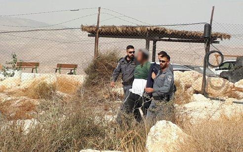 המשטרה והמנהל האזרחי החרימו 2 משאיות במאחז מעוז אסתר ועצרו 5 חשודים בגין אלימות כלפי שוטרים