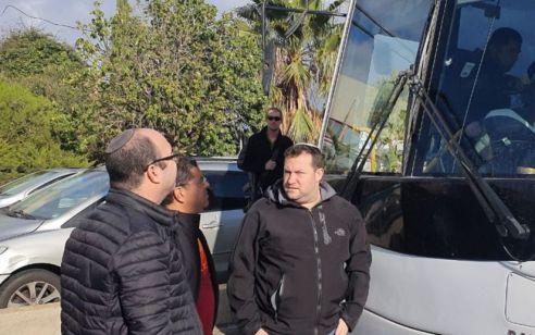 חשד לירי לעבר אוטובוס תלמידות חינוך מיוחד סמוך לרבבה – אין נפגעים