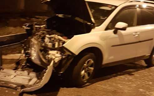 בתום מרדף רגלי ופריסת מחסומים, נעצר הלילה בבאקה אל גרביה,  ערבי החשודבגניבת רכב ופריצת מחסום משטרתי
