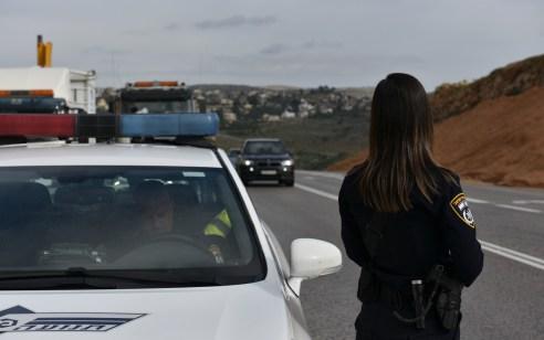נעצר רוכב אופנוע שנהג בזמן פסילה, באין כניסה, בניגוד לתנועה וניסה לברוח משוטרים כשברשותו קוקאין ו L.S.D בכמויות מסחריות