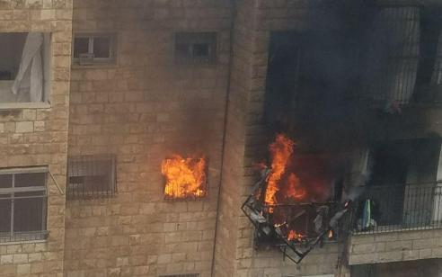 צוותי כיבוי פעלו בשתי שריפות מבנים בירושלים – אין נפגעים