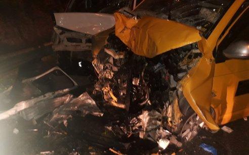 שישה פצועים, בהם שלושה קשה, בתאונה בין משאית לרכב הסעות פלסטינים בכביש 60 בין עופרה לבית אל