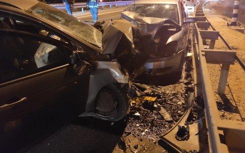 פצוע קשה ו-4 בינוני וקל בתאונה בכביש 40 סמוך לצומת גורל