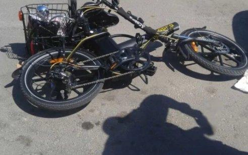 ירושלים: רוכב אופניים חשמליים כבן 30 נפצע קשה מפגיעת משאית