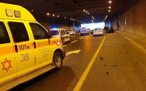 הקטל בדרכים נמשך: רוכב אופנוע נהרג מפגיעת רכב בכביש 20 מחלף וולפסון