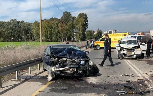 שני פצועים באורח בינוני וקל בתאונה בין 2 רכבים בעפולה