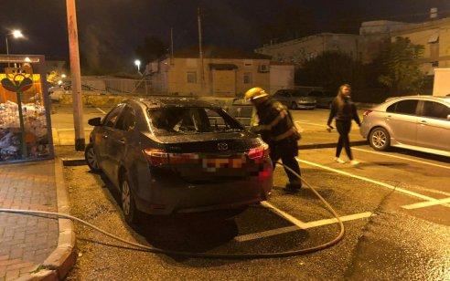 הלילה נעצר תושב נשר החשוד בהצתת שלושה כלי רכב בשעות הערב בעיר