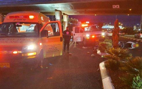 רוכב אופנוע בן 68 נפצע קשה בתאונה בחיפה