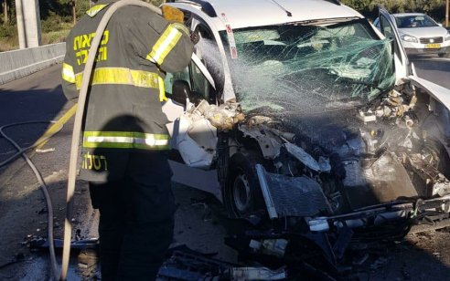צעיר בן 18 נפצע בינוני ואדם נוסף נפצע קל בתאונת דרכים בכביש1