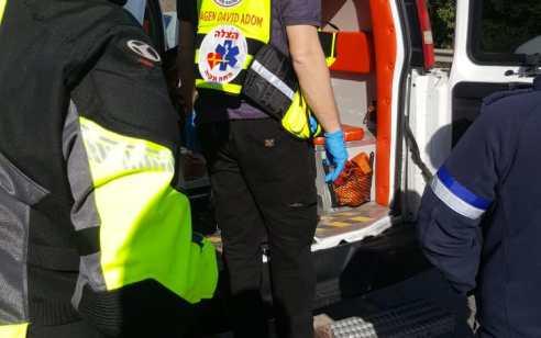 הולך רגל כבן 60 נפצע קשה מפגיעת רכב בכביש 6 סמוך למחלף אייל