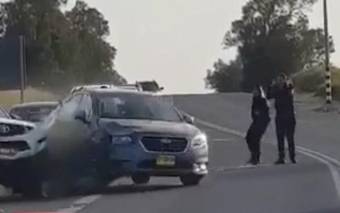 תיעוד: גנב רכב, פרץ מחסום משטרתי ופצע אישה ושוטר