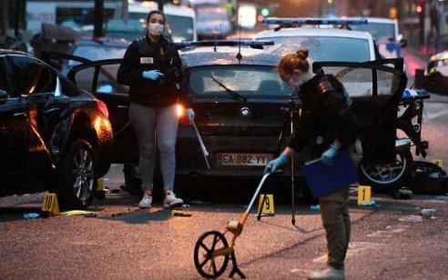 """שני שוטרים נפצעו קשה בפיגוע דריסה בצרפת: """"נקמה על פלסטין"""""""