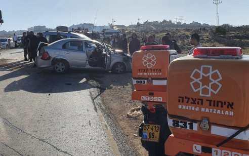 פצוע בינוני ושניים קל בתאונה עם מעורבות שלושה רכבים בכניסה ליישוב אדם