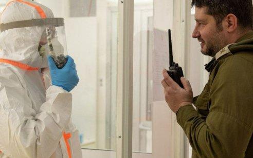 """בחט""""ל כבר מפתחים פתרונות למניעת גל התפרצות נוסף: לייזר שמודד לכם חום ודופק וחומר חיטוי שמחזיק 76 שעות"""