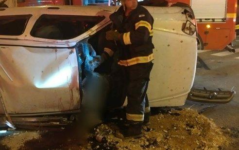 הרוג ושני פצועים קל בתאונה עם מעורבות שני כלי רכב בכפר סבא