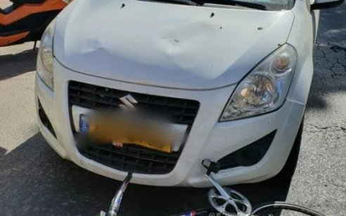 הרצליה: רוכב אופניים בן 50 נפצע באורח קשה מפגיעת רכב