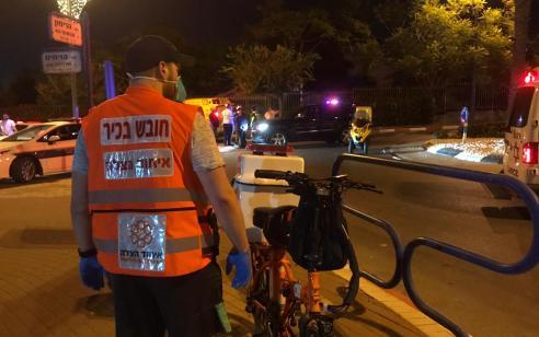 נער כבן 17 שרכב על אופניים חשמליים נפצע בתאונה עצמית בגבעת שמואל – מצבו בינוני