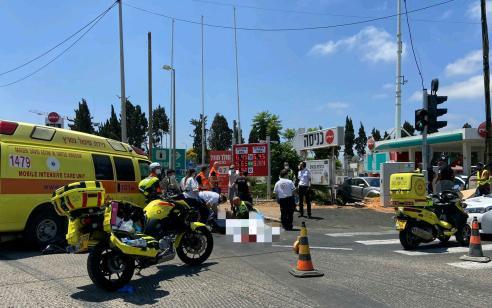 הקטל בכבישים: הולך רגל כבן 70 נהרג מפגיעת משאית בהרצליה
