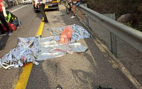 רוכבת אופניים כבת 55 נהרגה לאחר שהחליקה בכביש 375 סמוך לבית שמש