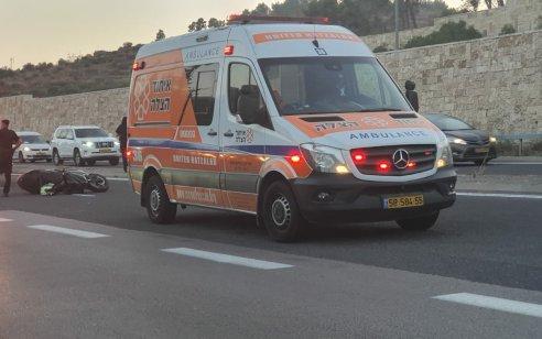 רוכב אופנוע נפצע קשה בתאונה עצמית בכביש 9