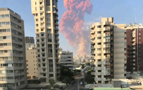 לבנון: 135 הרוגים, 5,000 פצועים, ועשרות נעדרים בפיצוץ בנמל ביירות   תיעוד