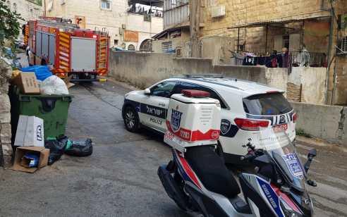 גבר כבן 30 חולץ ללא רוח חיים בשריפה שפרצה במבנה בשכונת גאולה בירושלים