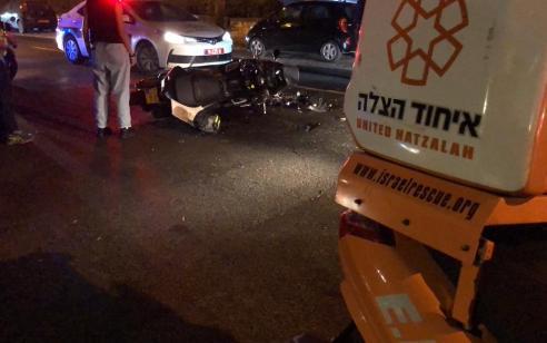 רוכב אופנוע נפצעבתאונה עם מונית ברמת גן – מצבו בינוני