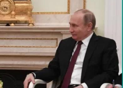 פוטין הכריז: רוסיה פיתחה חיסון ראשון בעולם לקורונה