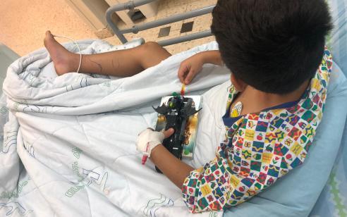 בן 8 מאושפז בטיפול נמרץ ילדים בקפלן לאחר שהוכש ברגלו על ידי נחש