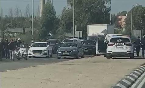 חשד לניסיון חטיפת נשק מחייל בשרון: שני ערבים נעצרו לאחר שריססו לעברו גז פלפל