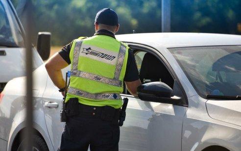 """במהלך סופ""""ש נרשמו כ-2,500 דו""""חות תנועה – 850 מתוכם בגין עבירת נהיגה במהירות חריגה"""