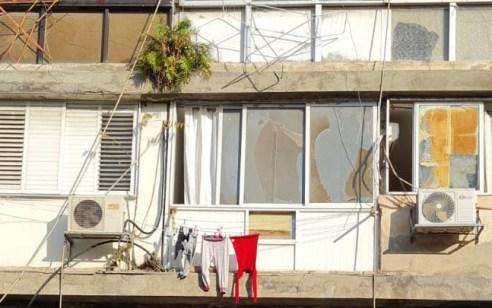 תל אביב: מעדה מחלון ביתה כשתלתה כביסה – מצבה בינוני