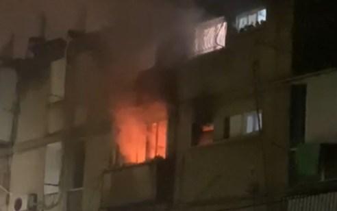 בת ים: גבר כבן 80 חולץ משריפה ופונה לבית חולים במצב בינוני