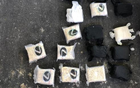"""משלוח הכורסאות החשוד שהכיל את """"הסם של דאע""""ש"""" נתפס בדרך לרצועת עזה"""