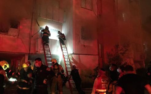 פצוע בינוני כתוצאה משריפה בדירה בבאר שבע