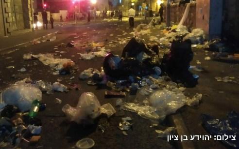 תושבי מאה שערים הפגינו נגד אי פינוי אשפה בשכונה – שני מפגינים נעצרו