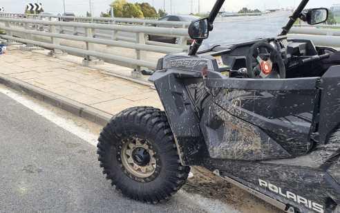 רוכב אופנוע כבן 30 נפצע בתאונה באשדוד – מצבו בינוני