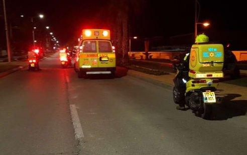 הולך רגל בן 26 נהרג מפגיעת רכב בכביש 596 סמוך למעבר ריחן