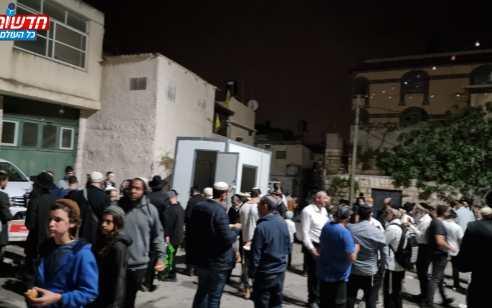 אלפי יהודים הגיעו להילולת יהושע בן נון בכפר כיפל חארס סמוך לאריאל   תיעוד