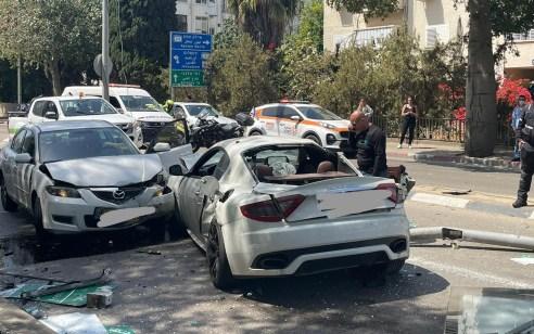 ארבעה פצועים בינוני וקל בתאונה עם מעורבות שני כלי רכב בתל אביב