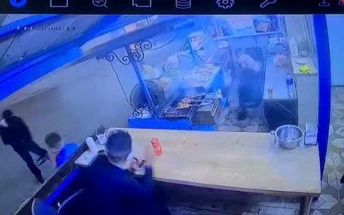מגיעים רעולי פנים ויורים מטווח אפס: תיעוד הרצח הכפול בדיר אל-אסד אתמול