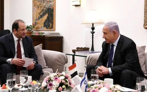 """נתניהו נפגש עם ראש המודיעין המצרי במעונו בירושלים: """"עלתה דרישה להשבת הבנים והאזרחים"""""""