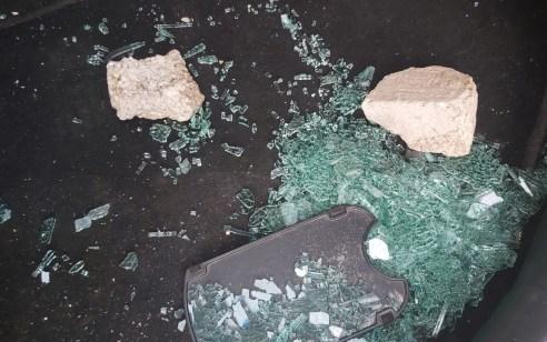 """תושבת הר חברון נפצעה בפיגוע אבנים בירושלים. יוחאי דמרי: """"חוסר המשילות הוא פוגע ומזעזע"""""""