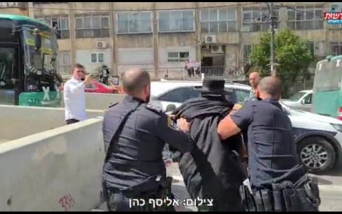 עשרות קיצונים הפגינו נגד הרכבת הקלה ברחוב בר אילן בירושלים – 6 חשודים נעצרו