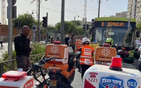 הולך רגל כבן 60 נפגע מאוטובוס בירושלים – מצבו קשה