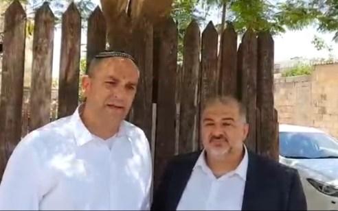 """מנסור עבאס ביקר בלוד ונפגש עם ראש העיר: """"חייבים לשקם את המקומות הקדושים ואת מערכת היחסים"""""""