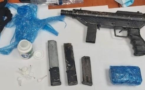 המשטרה איתרה ותפסה בפורדיס נשק מסוג קרלו, תחמושת וסמים מסוג קריסטל